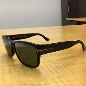 5c6c5fd44d76 Tom Ford Accessories - Tom Ford mens sunglasses great condition